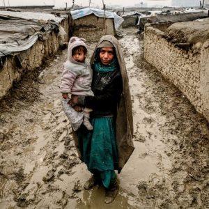 عکس روز نشنال جئوگرافیک مادر و کودک افغانستانی